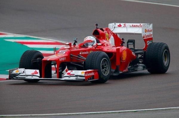 Nueva era en Maranello: Vettel se subió a la Ferrari