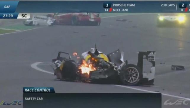 Tremendo accidente de Mark Webber en Interlagos