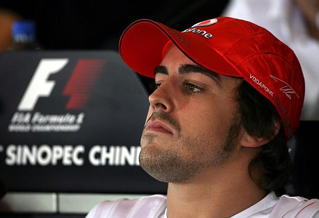 Alonso podría romper su contrato si el McLaren-Honda no obtiene resultados