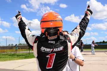 Canapino Campeón 2014 del Top Race V6