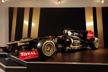 Lotus cambia el proveedor de motores