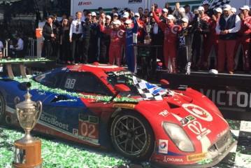 24 Horas de Daytona: Kanaan, Dixon, Larson y Mc Murray del Team Ganassi, en la cima