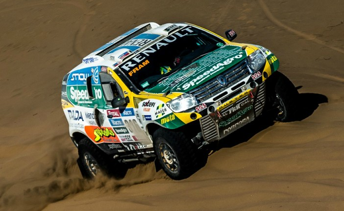 Dakar 2015: El Renault Duster Team sigue en carrera