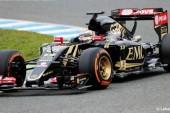F1: El E23 se estrenó en Jerez