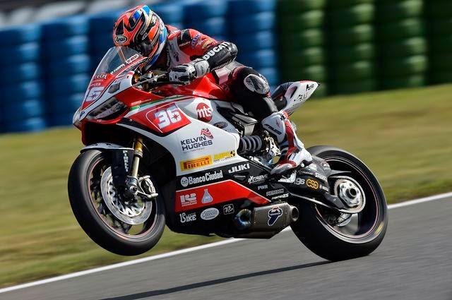Superbikes: Tati Mercado logró la Superpole y Jonathan Rea, imparable