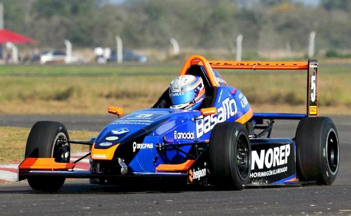Fórmula Renault: En el Werner Basalto, la leyenda continúa