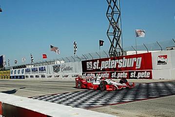 Indy Car: Montoya ganó la primera del año