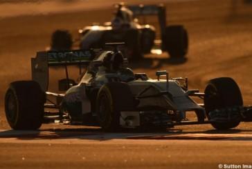 F1: Bahréin, la noche en el reino del desierto busca la debilidad de Mercedes