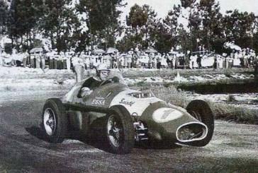 Mientras su amigo Fangio anunciaba su retiro, Froilán Gonzalez ganaba en el «El Pinar»