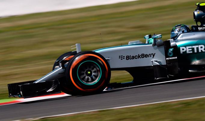 F1: Rosberg se lleva los Libres 2 en Silverstone