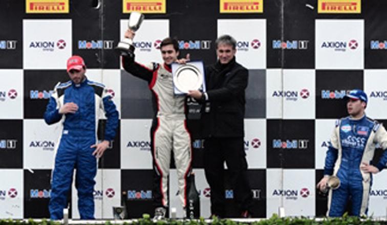 TC2000: Panetta se quedó con la primera final y Scalbi con la segunda en La Plata