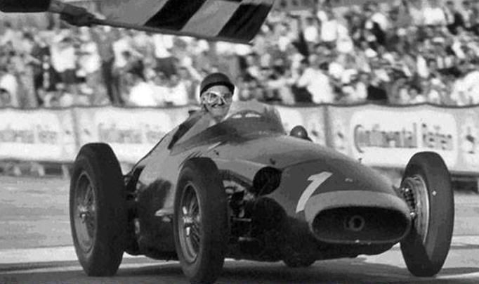 El 4 de Agosto de 1957 en Nürburgring, Fangio realizaba su «obra cumbre»