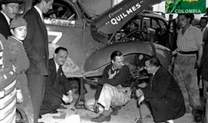 Un 6 de Noviembre de 1948, en la 12ª etapa Bs. As./Caracas, los Gálvez seguían adelante