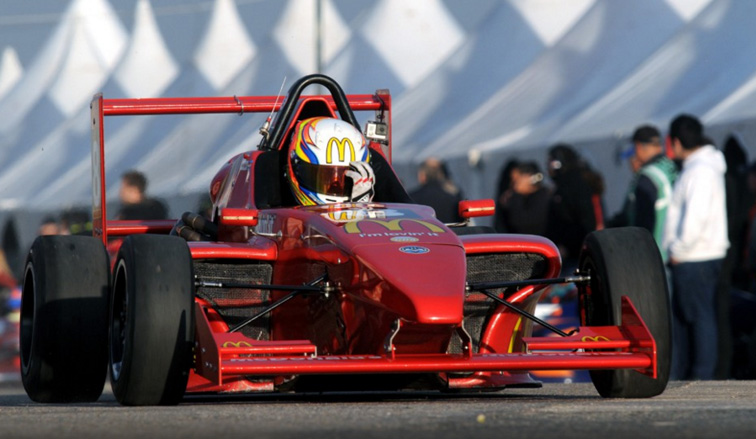 FRA 2.0: El campeón no afloja, Moggia ganó la primer carrera