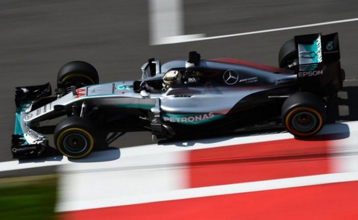 Fórmula 1: Hamilton se impone a Rosberg en los últimos minutos de los Libres 3
