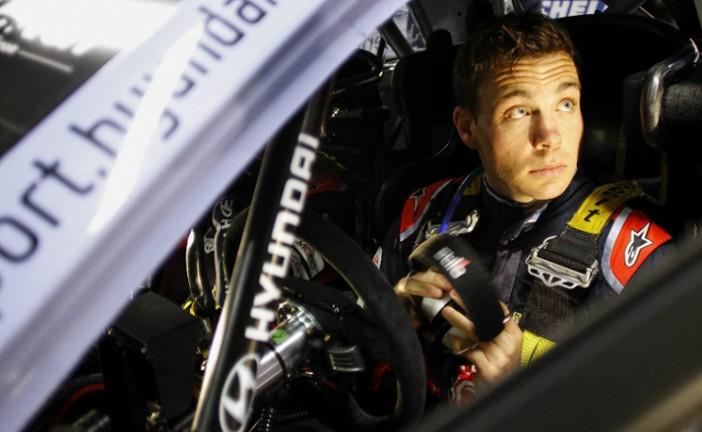WRC: Paddon es el nuevo líder tras el accidente de Latvala