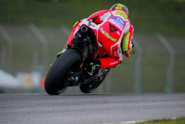 MotoGP: Iannone marca el ritmo del viernes en Mugello