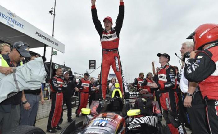 Indy Car: Bourdais volvió a la victoria