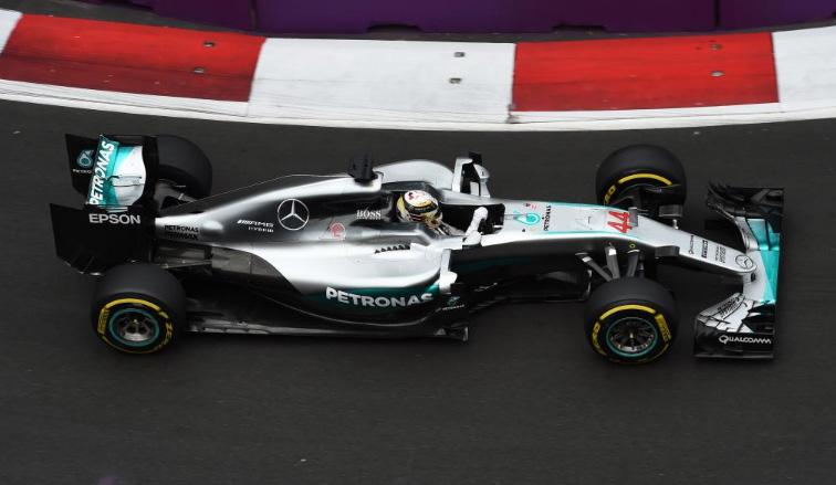 Fórmula 1: Hamilton no da opción, y se queda con los Libres 2 de Bakú
