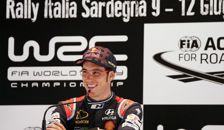 WRC: Neuville ganó en Italia