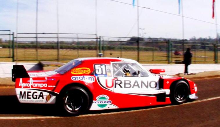 TCP: Urretavizcaya dominó en Posadas, y se quedó con el 1er entrenamiento