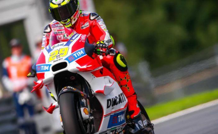 MotoGP: Ianone le arrebató la pole a Valentino Rossi