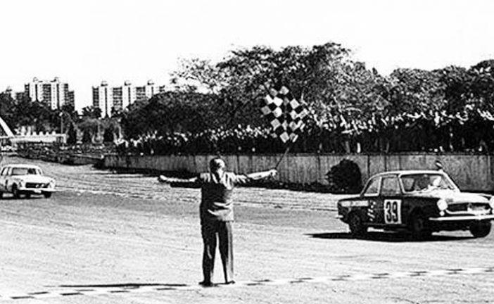 17 de agosto de 1969, «Lole» Reutemann ganaba en el Turismo Anexo J
