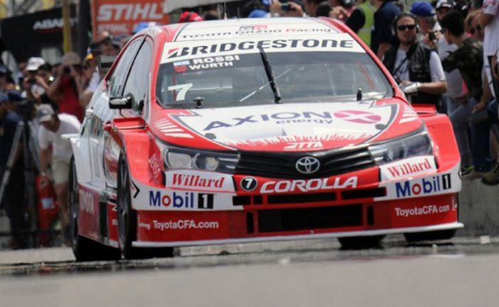 """STC2000: Rossi ganó un """"carrerón"""""""