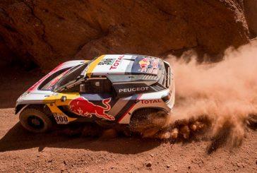 Rally Dakar: Peterhansel chocó y fracturó a un motociclista