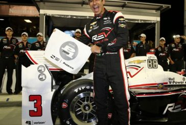 Indy Car: Pole y récord para Helio Castroneves