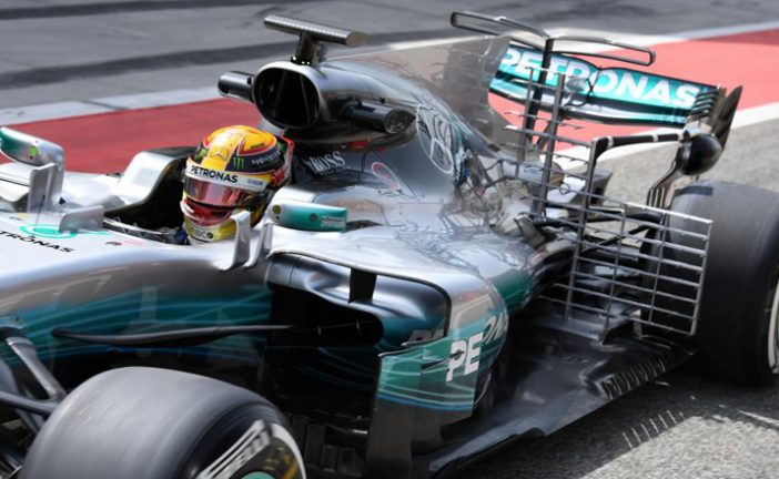 Fórmula 1: Hamilton lidera el primer día de test en Bahréin y un nuevo drama en McLaren