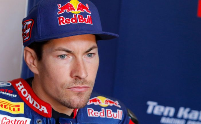 Nicky Hayden en grave estado trás un accidente