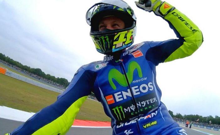 MotoGP: Rossi agranda su leyenda en Assen