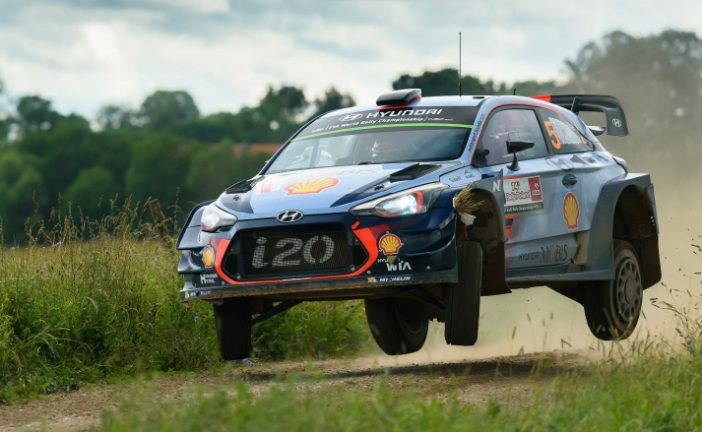 WRC: Neuville lidera por la mínima