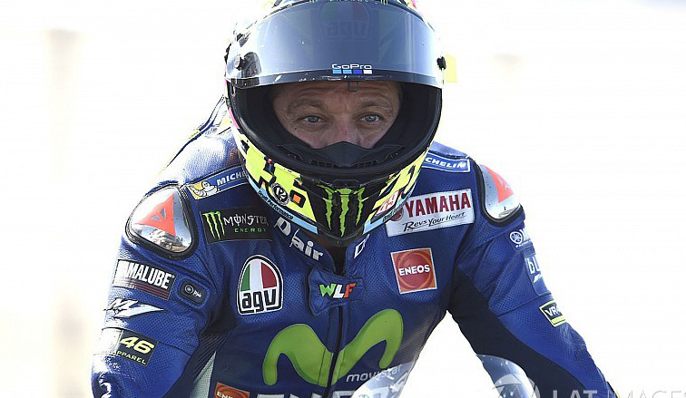 MotoGP: Rossi sufre un accidente en una práctica de enduro