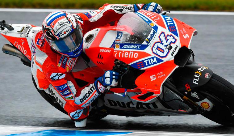 MotoGP: Dovizioso flota en la lluvia del viernes