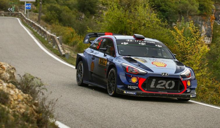 WRC: Neuville vuelve al ataque