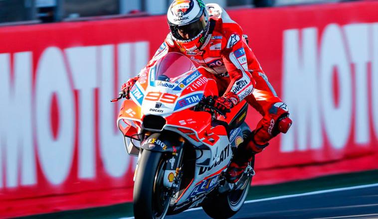 MotoGP: Las Ducati no se rinden: Lorenzo lidera con Dovi tercero