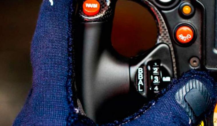 Fórmula 1: La FIA aprueba la llegada de los guantes biométricos