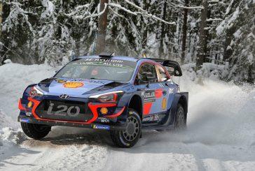 WRC: Neuville lidera el triplete de Hyundai