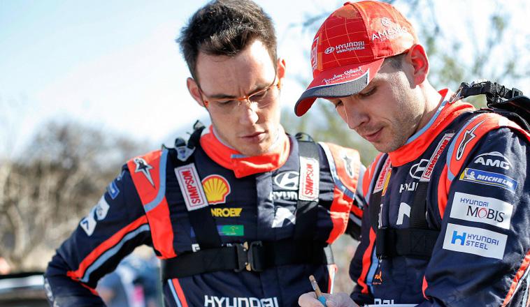 WRC: Se accidentó Neuville en Córcega