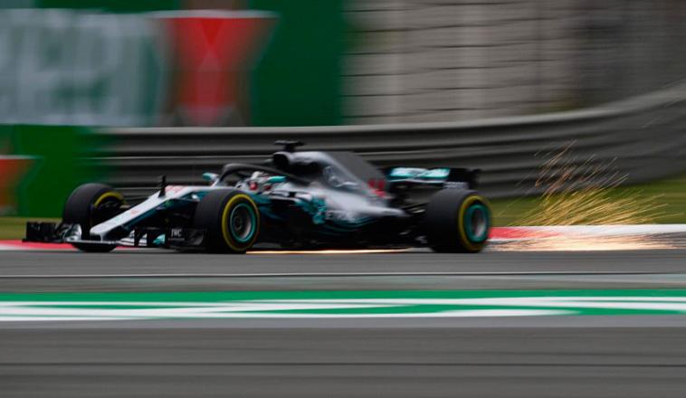 Fórmula 1: Mercedes avisa en los primeros Libres