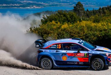 WRC: Neuville lidera tras un día de locos