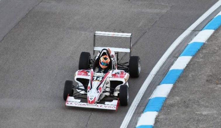F2.0: Polakovich se quedó con la clasificación
