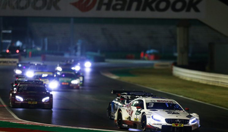 DTM: Paul Di Resta gana en una accidentada carrera