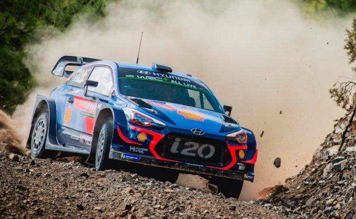 WRC: Neuville le saca ventaja a Ogier