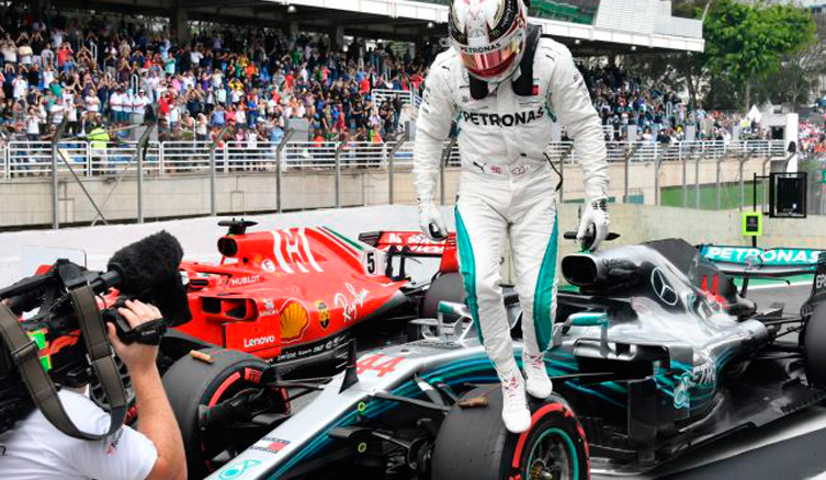 Fórmula 1: Hamilton no se relaja y gana en Brasil