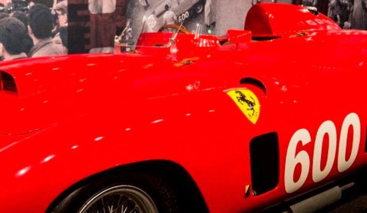 Subastaron la Ferrari 290 MM de Fangio