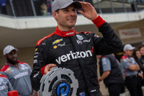 Indy Car: Power se quedó con la pole