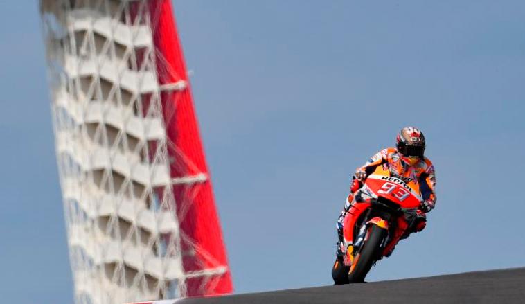 MotoGP: Márquez resiste el asedio de Rossi y conquista la 'pole'